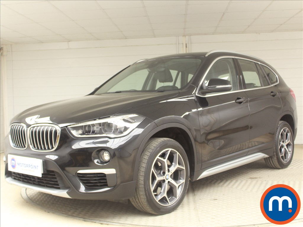 BMW X1 xLine - Stock Number 1081536 Passenger side front corner