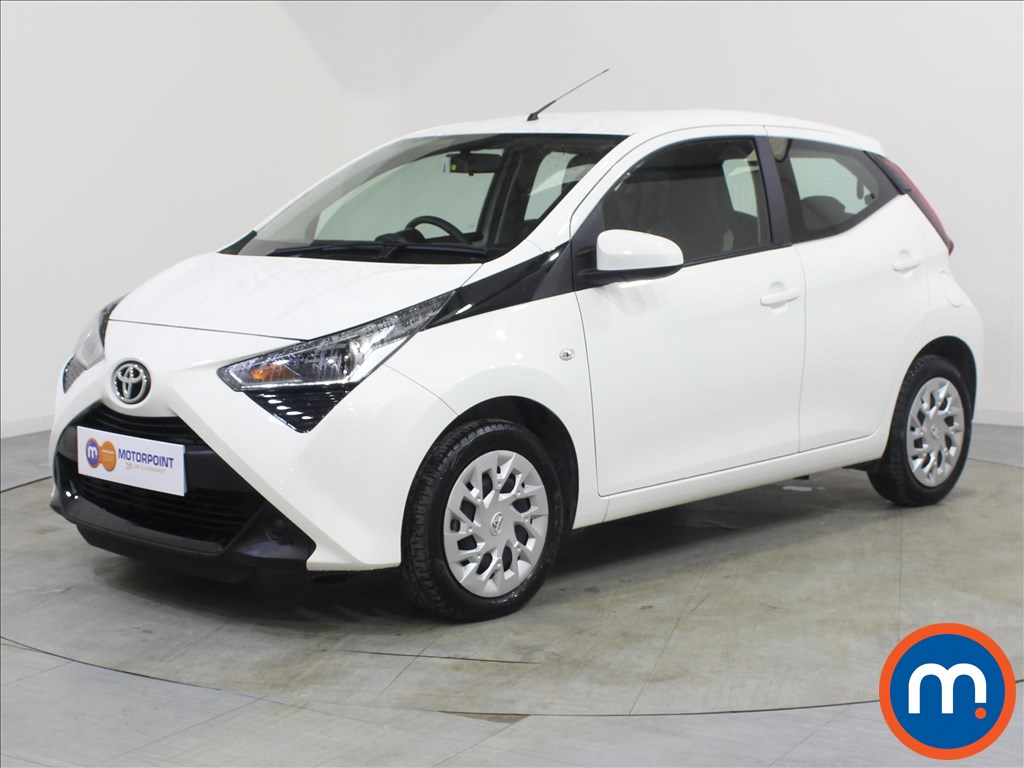 Toyota Aygo X-Play - Stock Number 1077304 Passenger side front corner