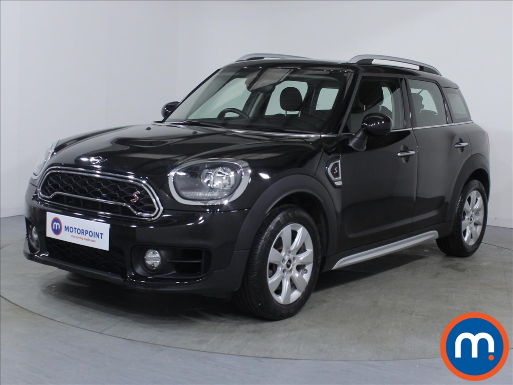 Mini Countryman Cooper S - Stock Number 1076450 Passenger side front corner