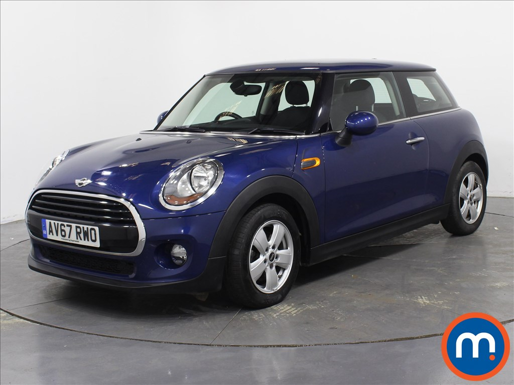 Mini Hatchback Cooper - Stock Number 1078513 Passenger side front corner