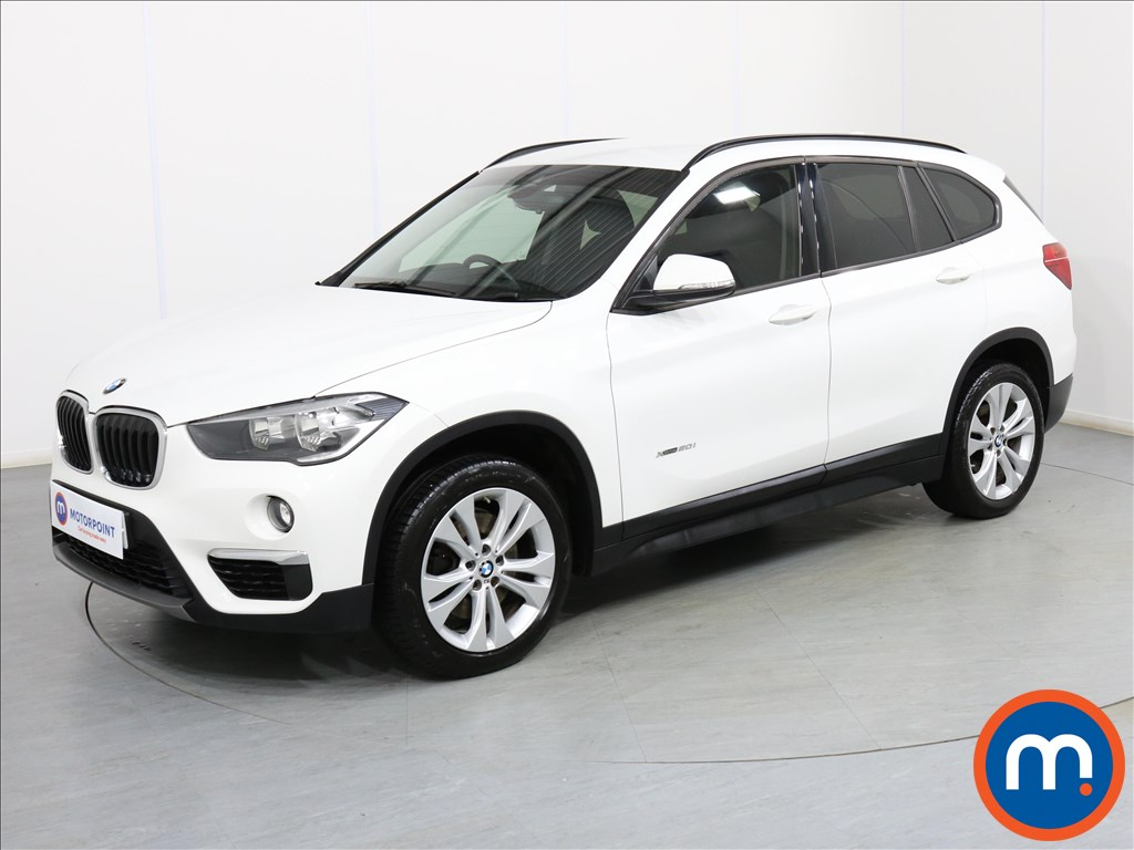 BMW X1 SE - Stock Number 1082194 Passenger side front corner