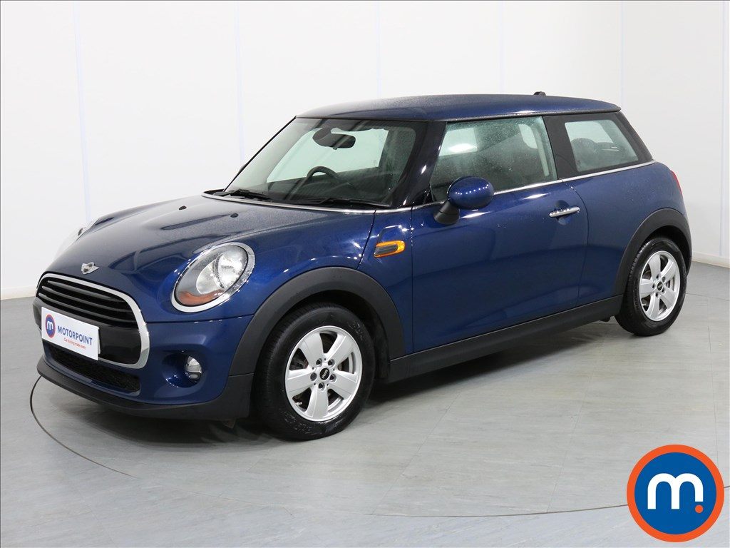 Mini Hatchback Cooper - Stock Number 1081323 Passenger side front corner