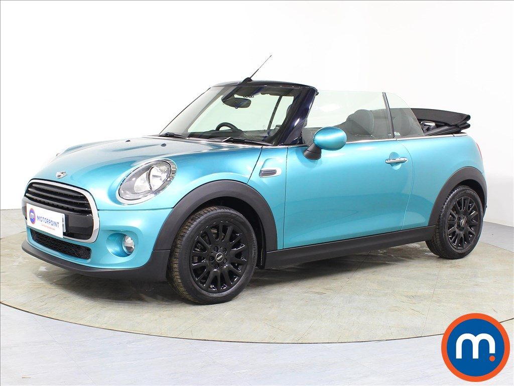 Mini Convertible Cooper - Stock Number 1083089 Passenger side front corner