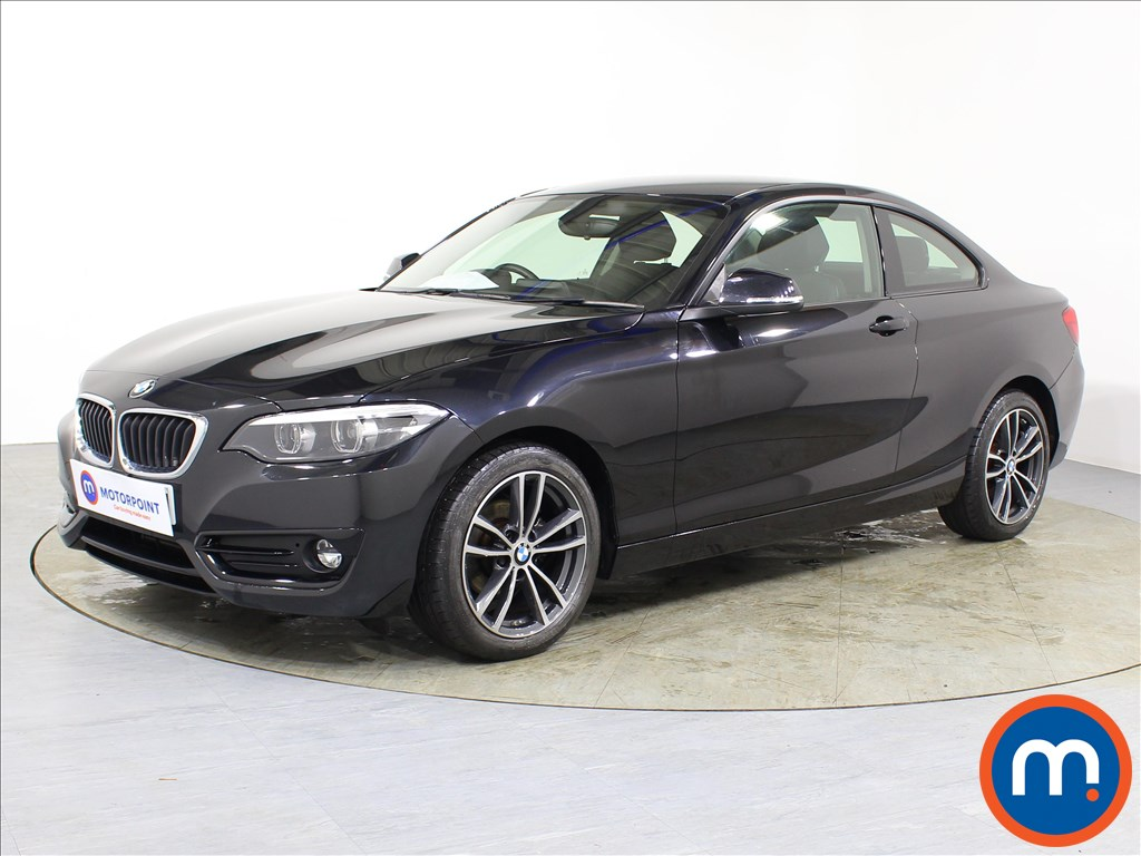 BMW 2 Series Sport - Stock Number 1083072 Passenger side front corner