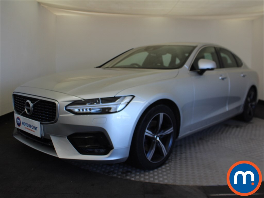 Volvo S90 R DESIGN - Stock Number 1085638 Passenger side front corner