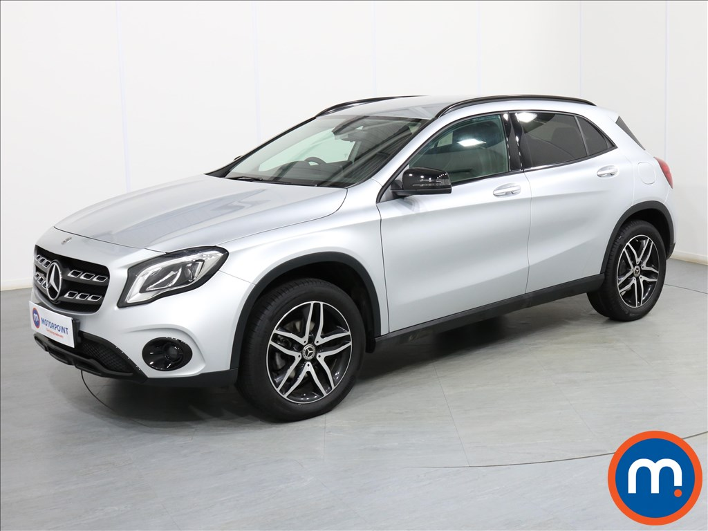 Mercedes-Benz Gla Class Urban Edition - Stock Number 1087472 Passenger side front corner