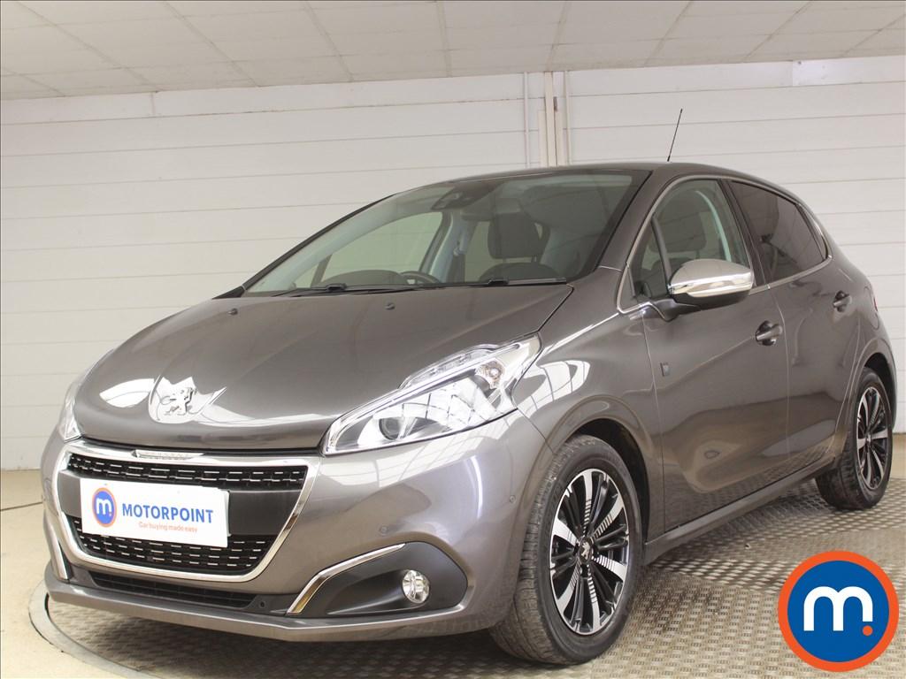 Peugeot 208 Tech Edition - Stock Number 1086450 Passenger side front corner