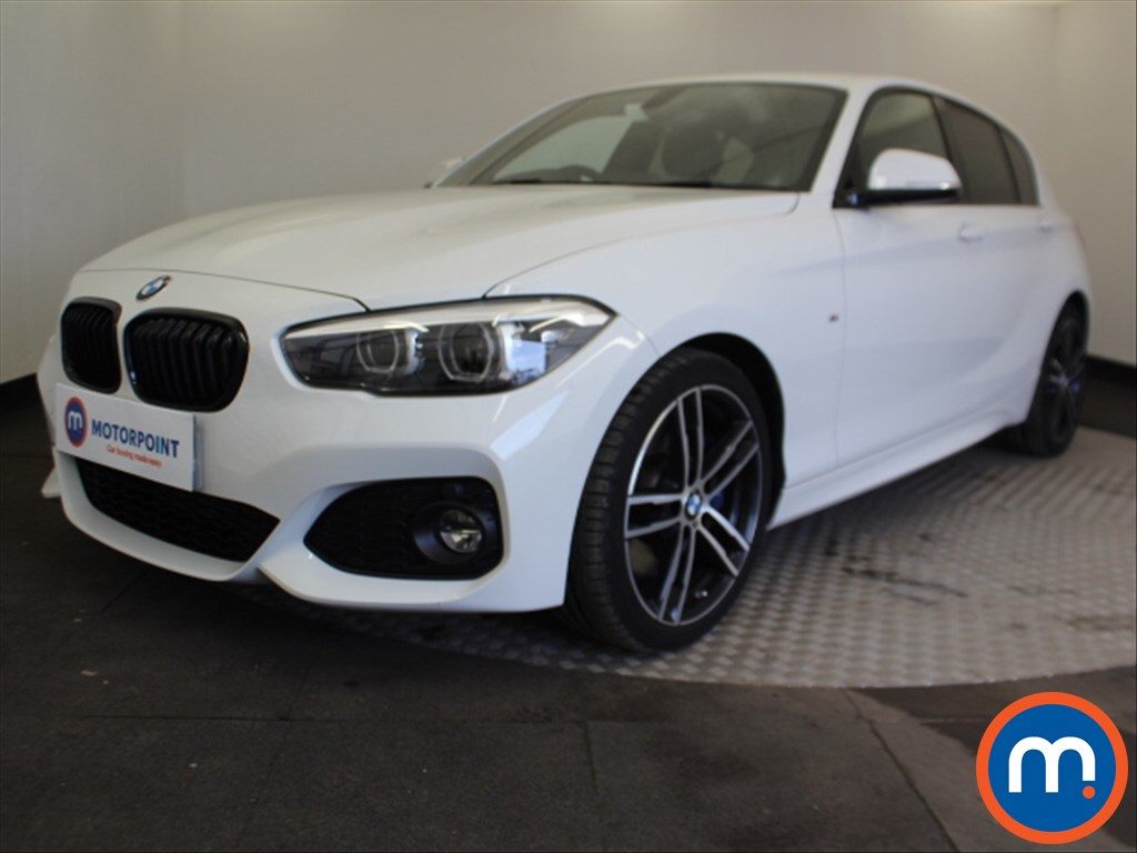 BMW 1 Series M Sport Shadow Edition - Stock Number 1087688 Passenger side front corner