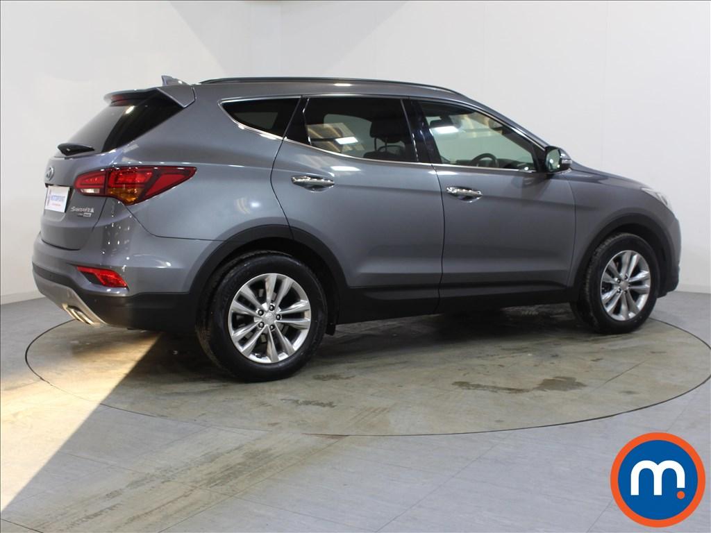 Hyundai Santa Fe Premium - Stock Number 1088306 Passenger side front corner
