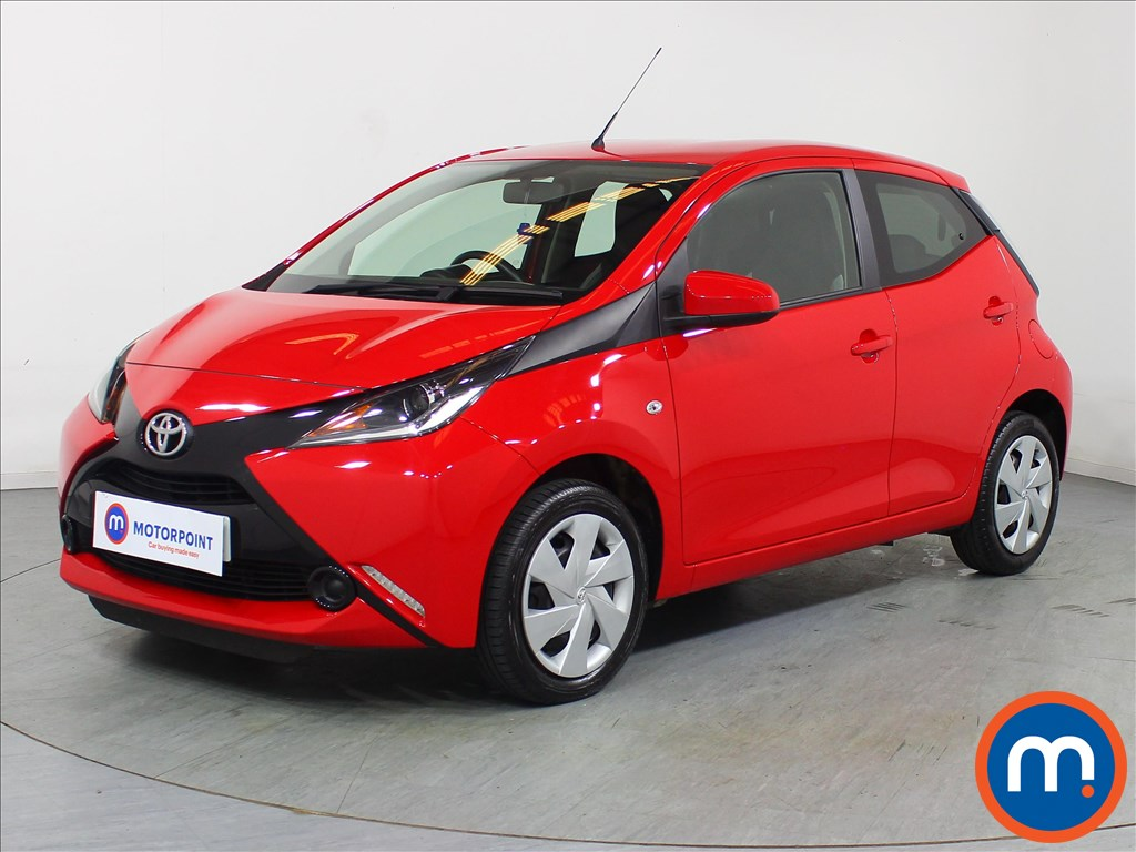Toyota Aygo X-Play - Stock Number 1089335 Passenger side front corner