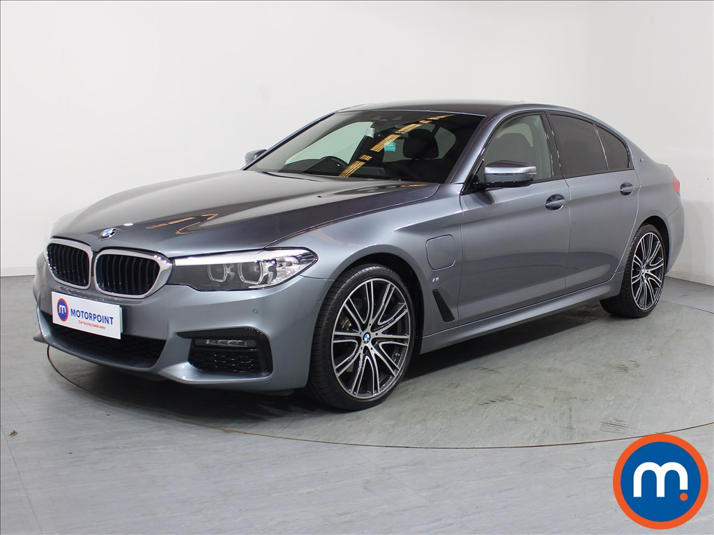 BMW 5 Series M Sport - Stock Number 1089452 Passenger side front corner