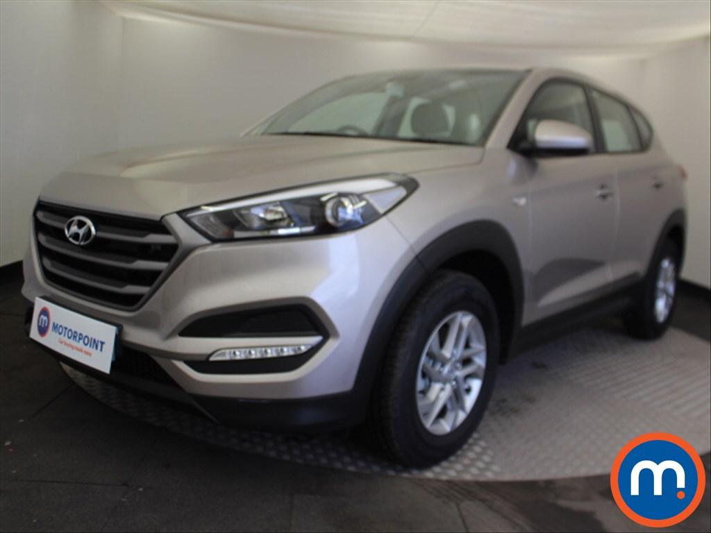 Hyundai Tucson S - Stock Number 1085109 Passenger side front corner