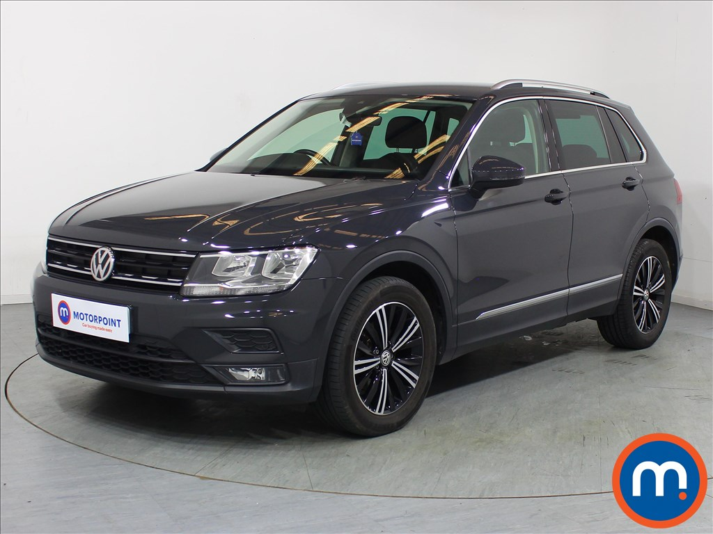 Volkswagen Tiguan SE Nav - Stock Number 1083985 Passenger side front corner