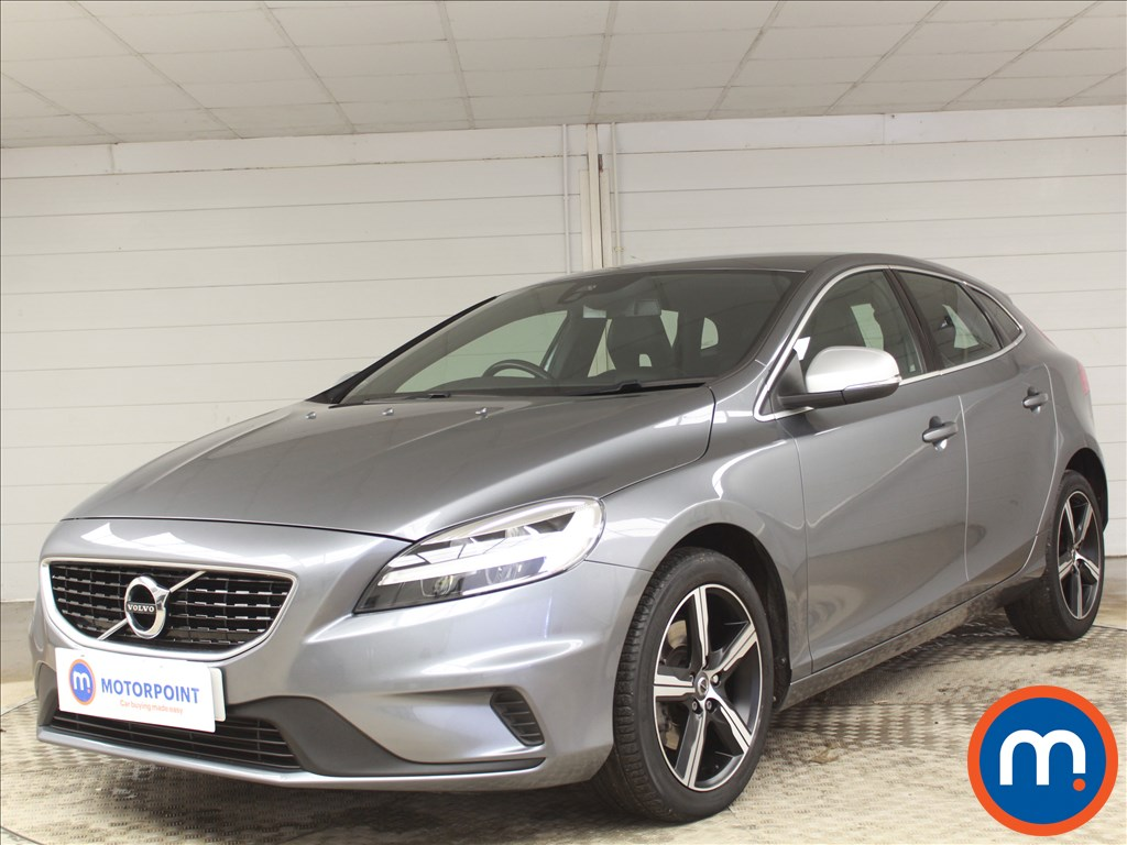 Volvo V40 R Design - Stock Number 1091393 Passenger side front corner