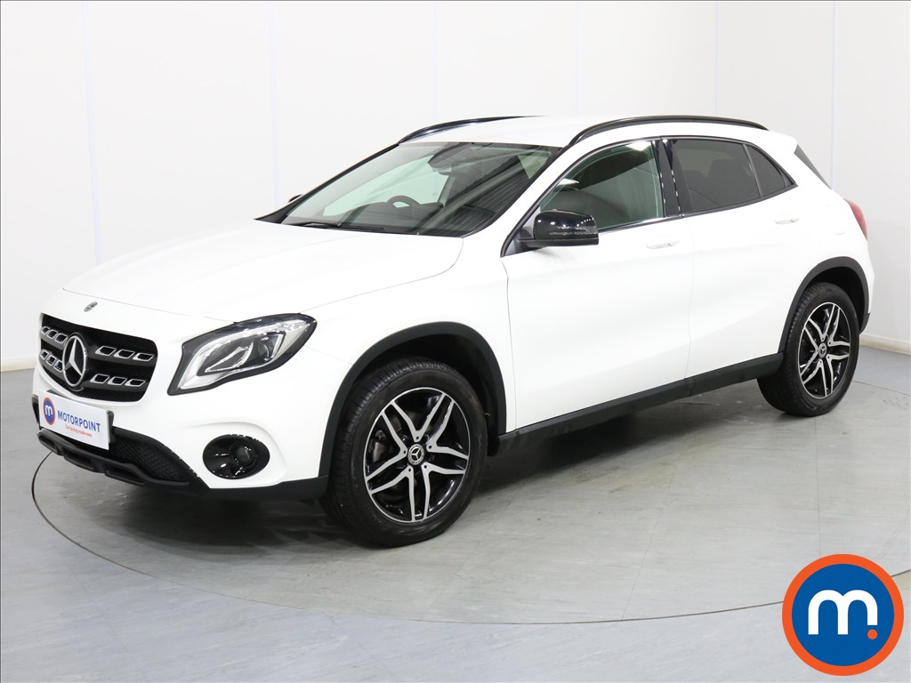 Mercedes-Benz Gla Class Urban Edition - Stock Number 1092090 Passenger side front corner
