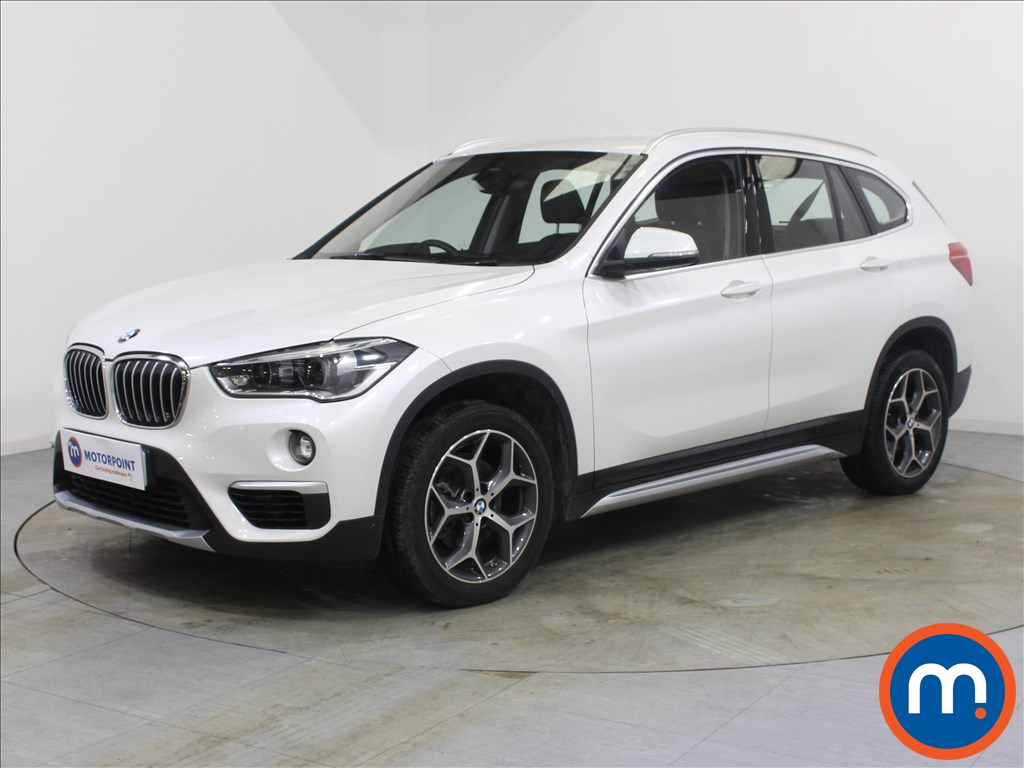 BMW X1 xLine - Stock Number 1093064 Passenger side front corner