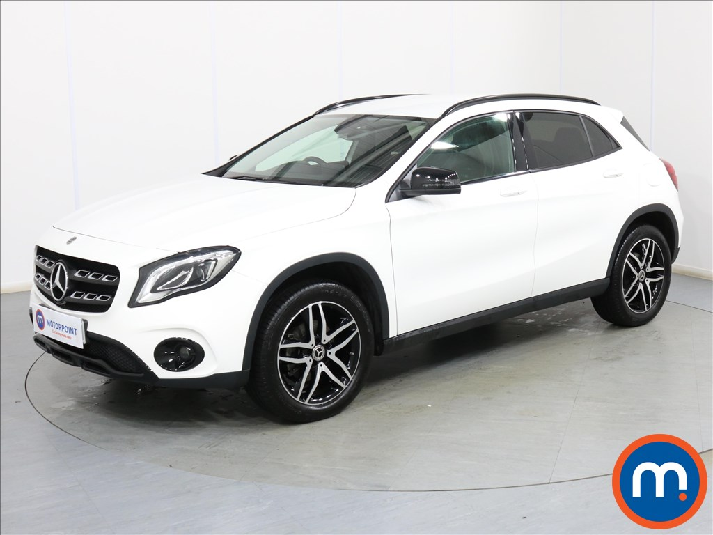 Mercedes-Benz Gla Class Urban Edition - Stock Number 1093091 Passenger side front corner