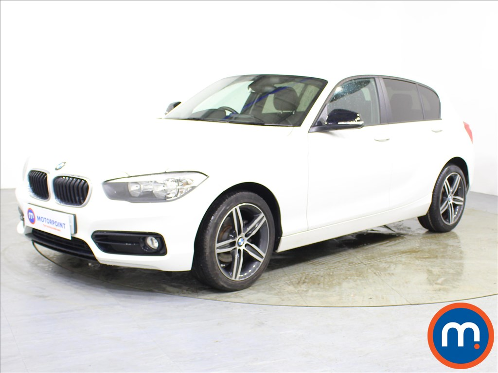 BMW 1 Series Sport - Stock Number 1089093 Passenger side front corner