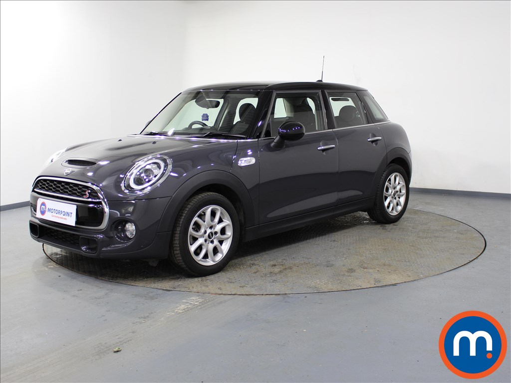 Mini Hatchback Cooper S - Stock Number 1091166 Passenger side front corner