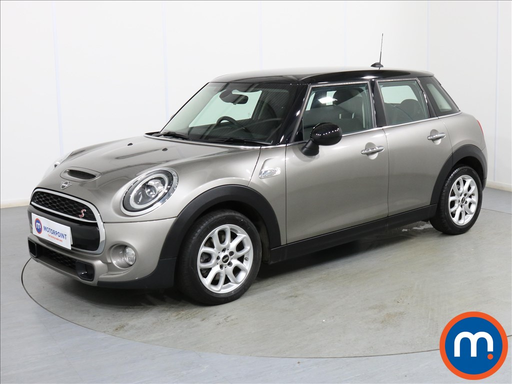 Mini Hatchback Cooper S - Stock Number 1093147 Passenger side front corner