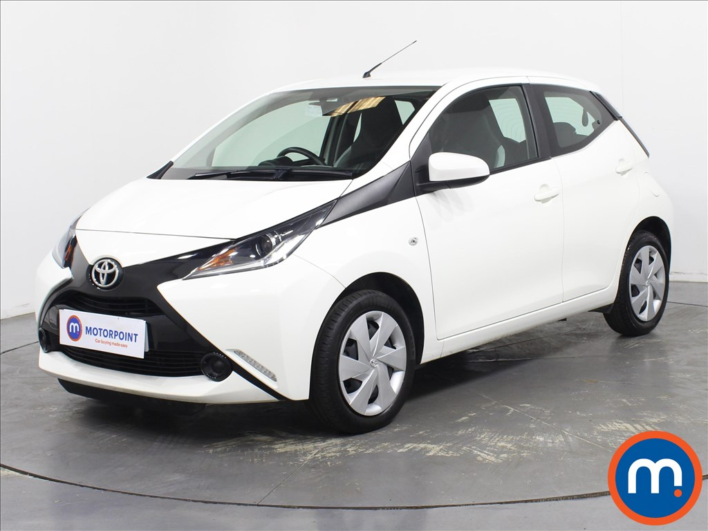 Toyota Aygo X-Play - Stock Number 1092025 Passenger side front corner
