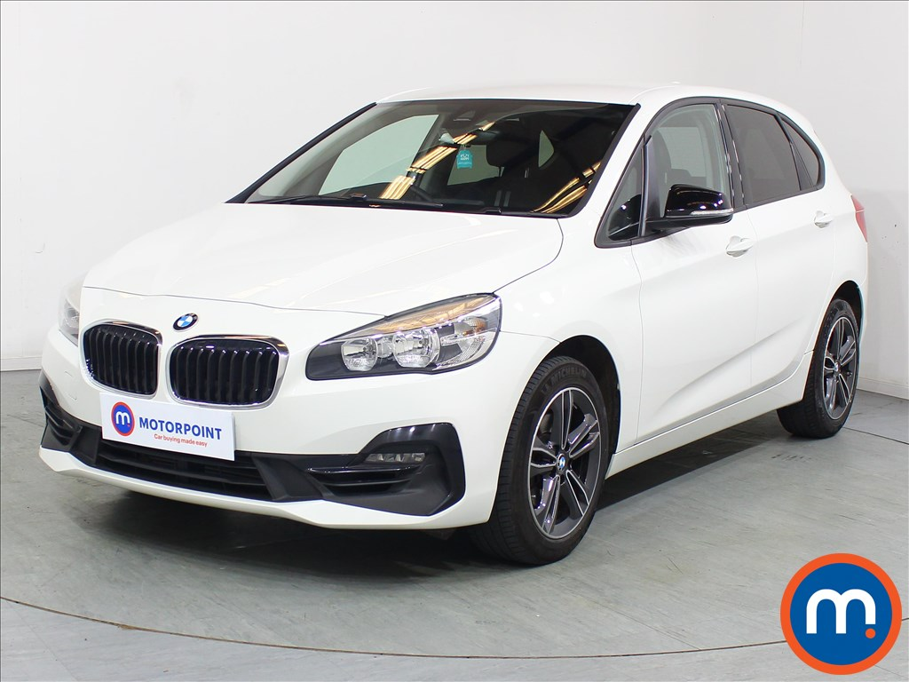 BMW 2 Series Sport - Stock Number 1091377 Passenger side front corner