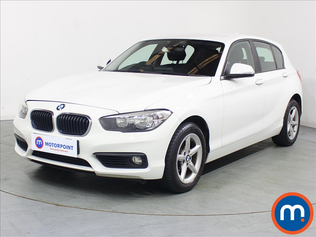 BMW 1 Series SE - Stock Number 1094215 Passenger side front corner