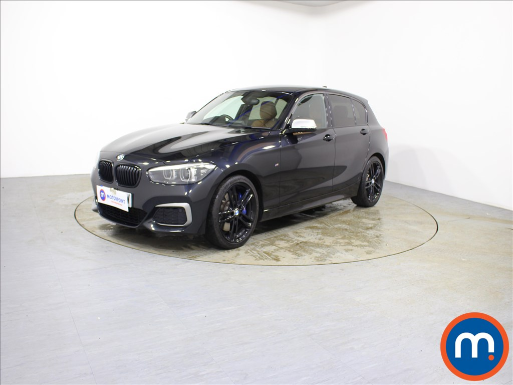 BMW 1 Series M140i Shadow Edition - Stock Number 1095540 Passenger side front corner
