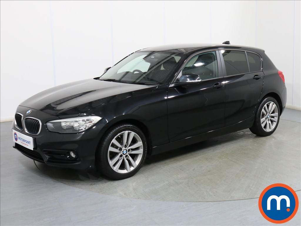 BMW 1 Series Sport - Stock Number 1098052 Passenger side front corner