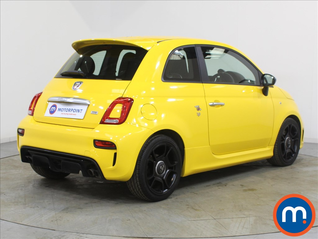Abarth 595 Trofeo - Stock Number 1095611 Passenger side front corner