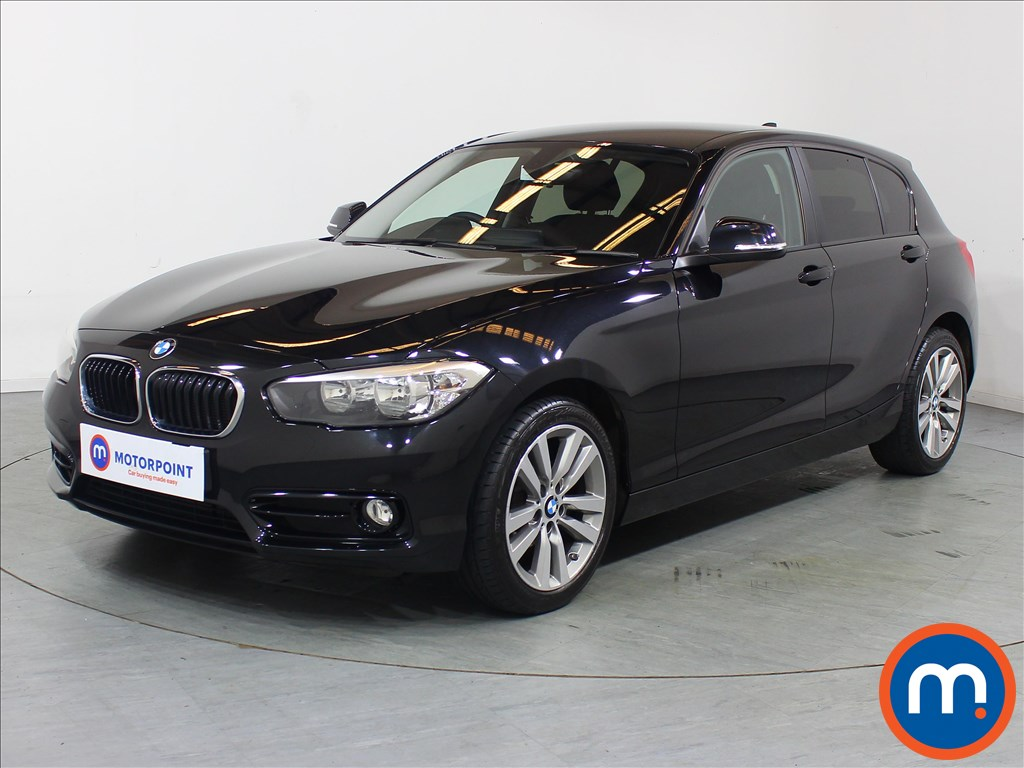 BMW 1 Series Sport - Stock Number 1098048 Passenger side front corner