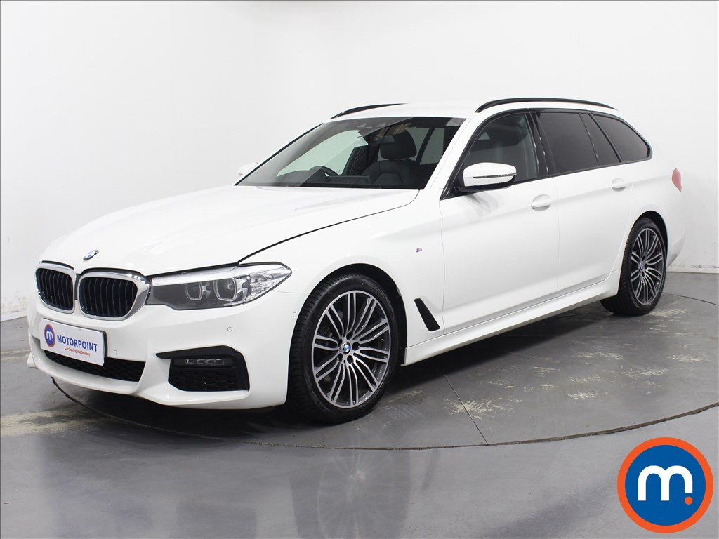 BMW 5 Series M Sport - Stock Number 1095190 Passenger side front corner