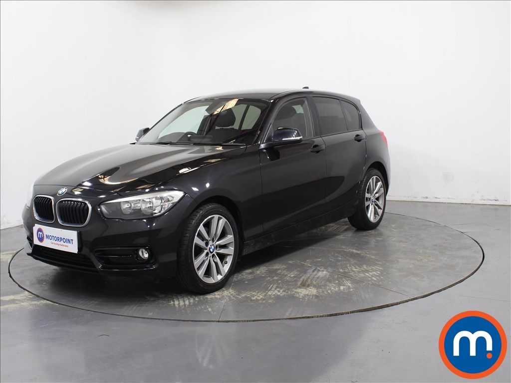 BMW 1 Series Sport - Stock Number 1098042 Passenger side front corner
