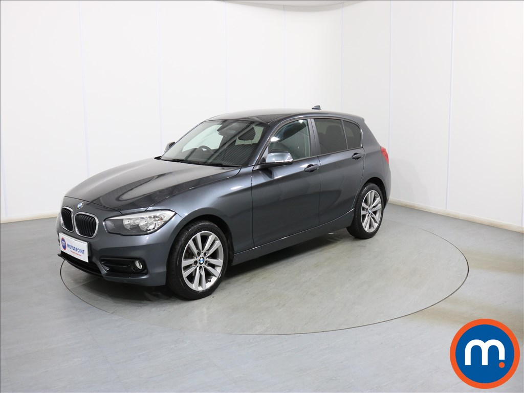 BMW 1 Series Sport - Stock Number 1098000 Passenger side front corner