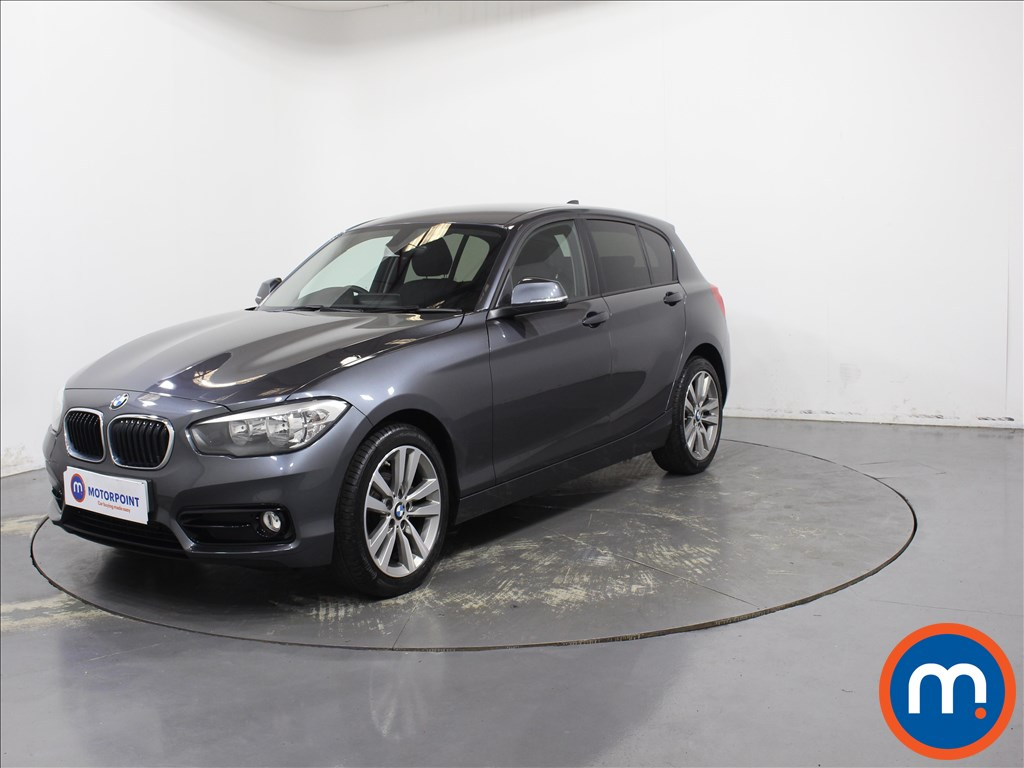 BMW 1 Series Sport - Stock Number 1097970 Passenger side front corner