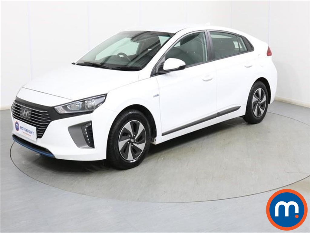 Hyundai Ioniq SE - Stock Number 1087981 Passenger side front corner