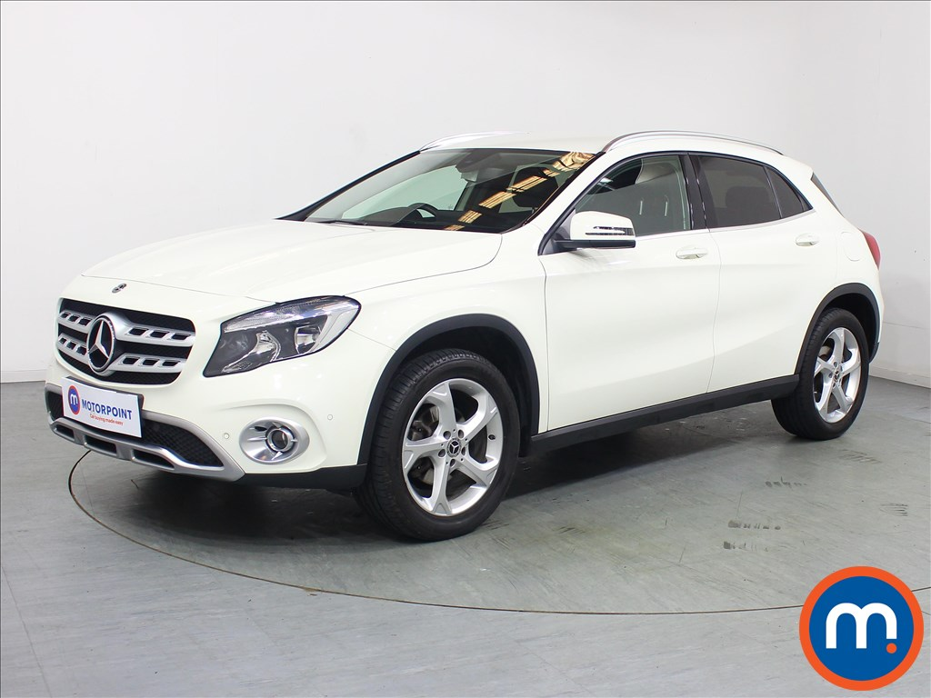 Mercedes-Benz Gla Class Sport - Stock Number 1098060 Passenger side front corner