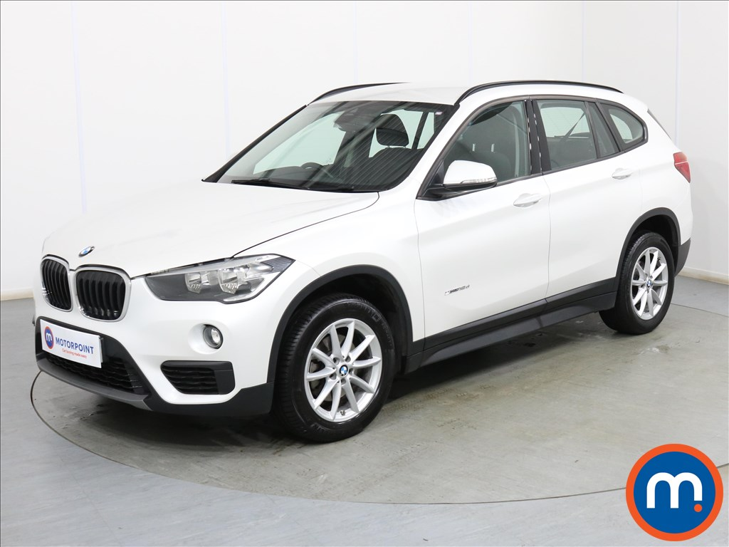 BMW X1 SE - Stock Number 1099184 Passenger side front corner