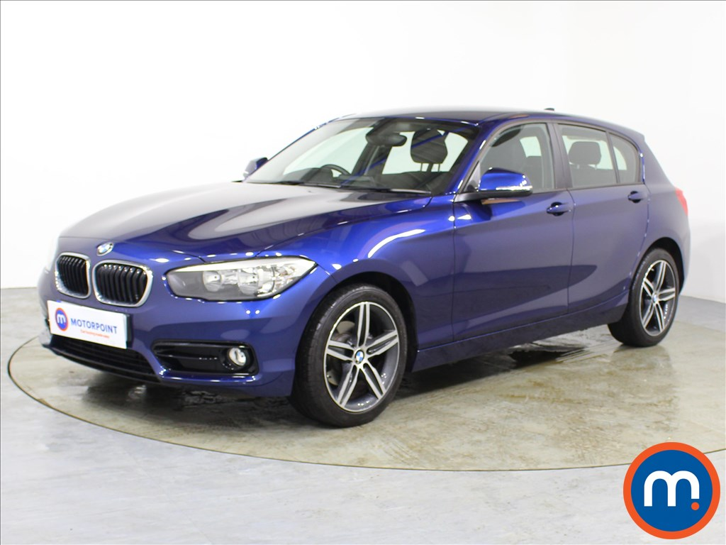 BMW 1 Series Sport - Stock Number 1100037 Passenger side front corner