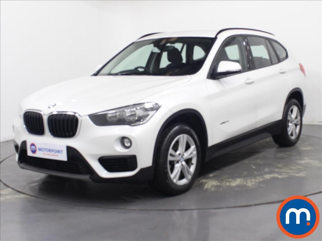 BMW X1 SE - Stock Number 1091642 Passenger side front corner