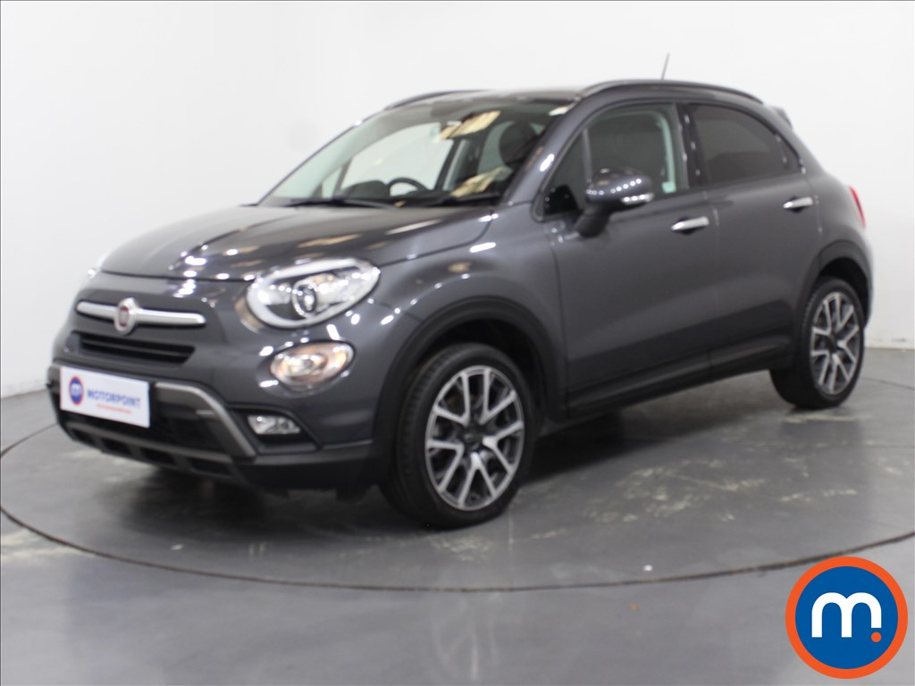 Fiat 500X Cross Plus - Stock Number 1100873 Passenger side front corner