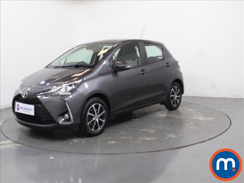 Toyota Yaris Icon Tech - Stock Number 1102020 Passenger side front corner