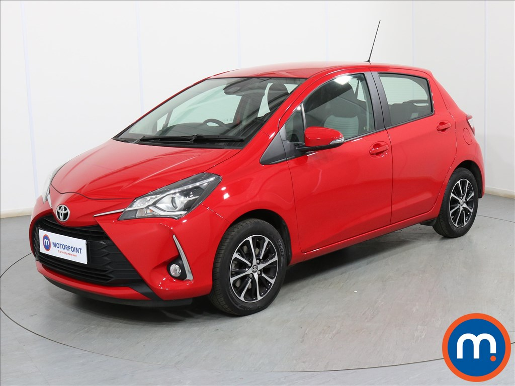 Toyota Yaris Icon Tech - Stock Number 1102019 Passenger side front corner