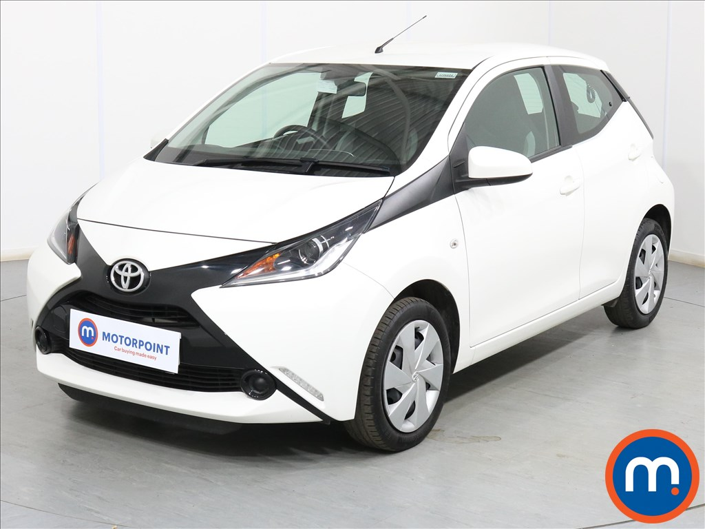 Toyota Aygo X-Play - Stock Number 1099445 Passenger side front corner