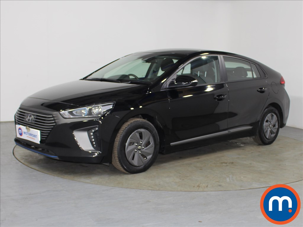 Hyundai Ioniq SE - Stock Number 1087866 Passenger side front corner