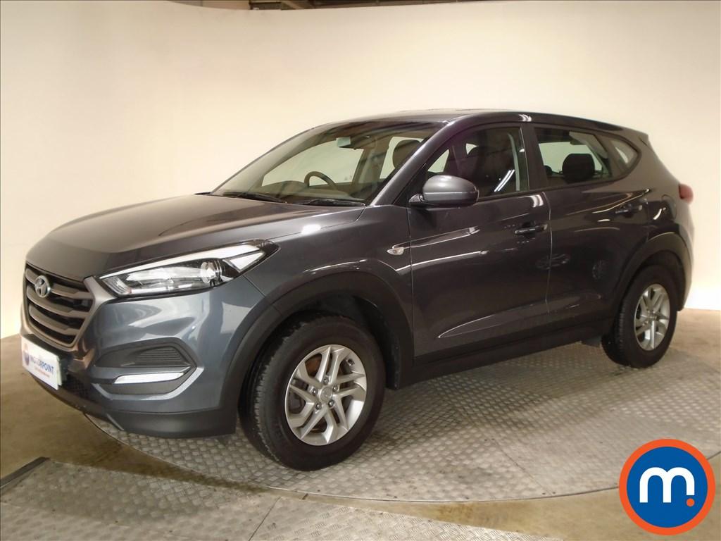 Hyundai Tucson S - Stock Number 1084975 Passenger side front corner