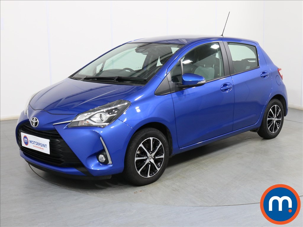 Toyota Yaris Icon Tech - Stock Number 1102018 Passenger side front corner