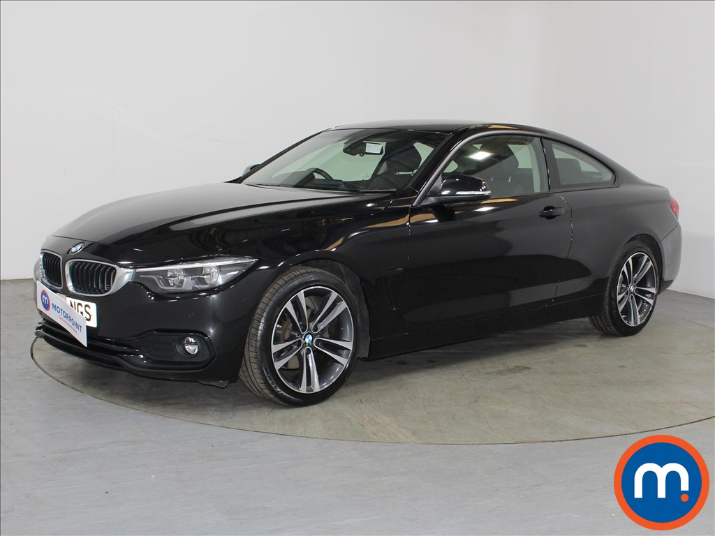 BMW 4 Series Sport - Stock Number 1106809 Passenger side front corner