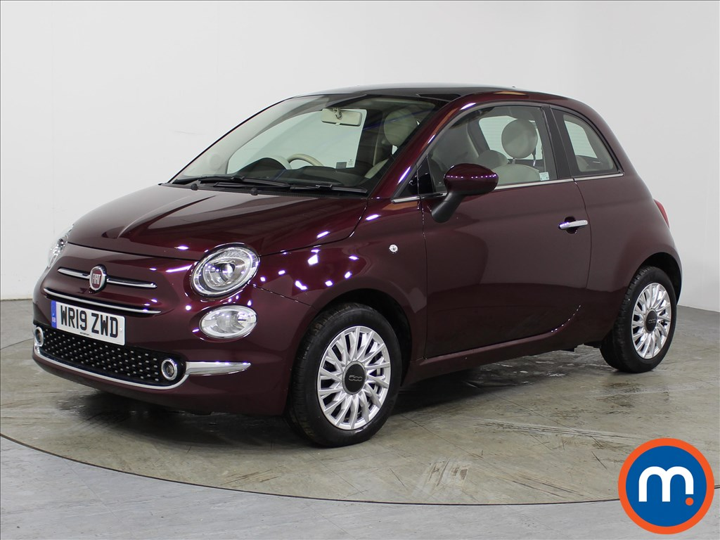Fiat 500 Lounge - Stock Number 1106421 Passenger side front corner