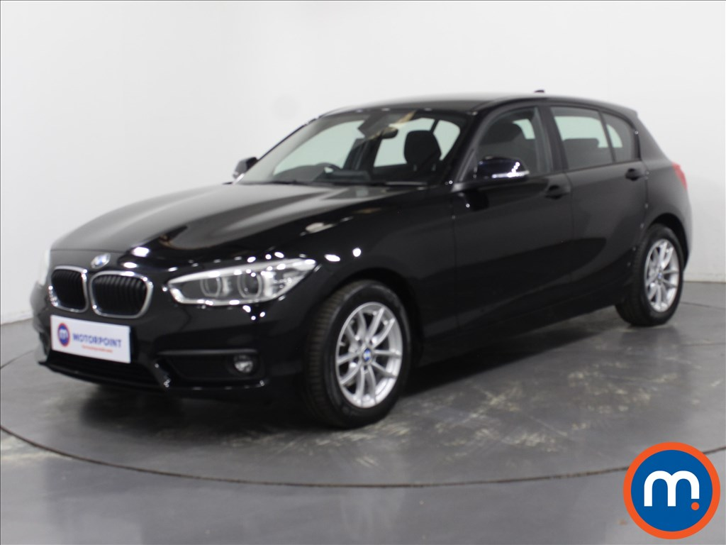 BMW 1 Series SE Business - Stock Number 1104819 Passenger side front corner